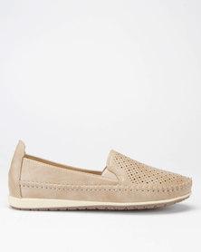 Butterfly Feet Cordelia2 Slip On Shoes Biege