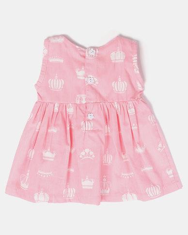 Kapas Crowns on Pink Classic Dress Pink