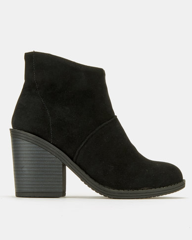 Utopia Plain Pistol Boots Black