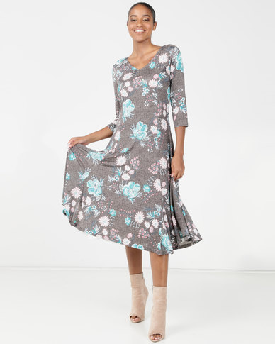 Queenspark Pretty Floral Fit & Flare Knit Dress Fatigue