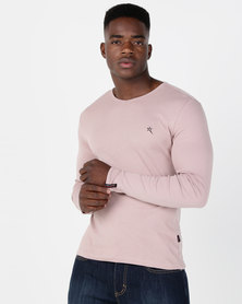 Soviet M Dust Long Sleeve V Neck Tee Salmon