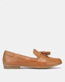 Jada High Vamp Tassel Loafers Tan