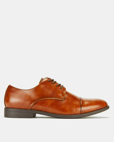 Call It Spring Huttner-R Shoes Brown