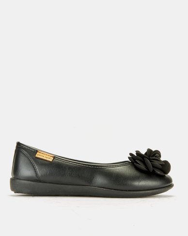 Pierre Cardin Super Comfort Flower Pumps Black