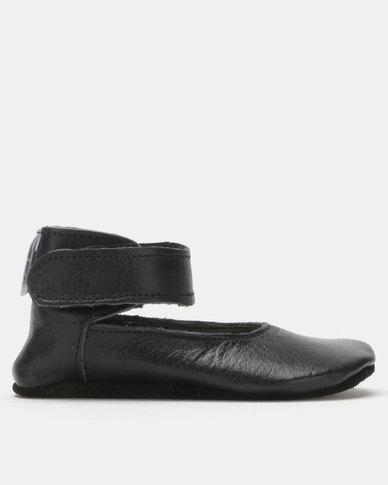 Shooshoos Dearborn Ballet Pumps Black