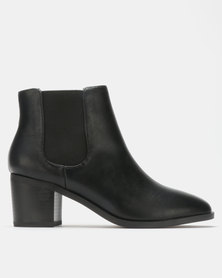 Madison Cooper Chelsea Boots Black