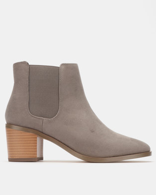 cff469c2f932b2 Madison Cooper Chelsea Boot Grey