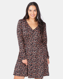New Look Curves Long Sleeve Soft Touch Dress Black Floral