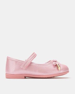 16d332b87429 Bubblegummers Girls Casual Shoes Pink