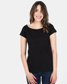 Nucleus Slash Neck T Black