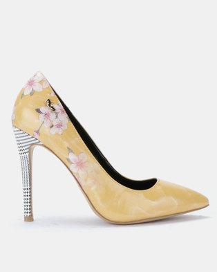 6558c8877eb2 PLUM Coco Court Heels Yellow