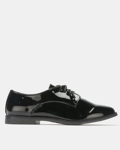 G Couture Patent Lace Up Shoes Black