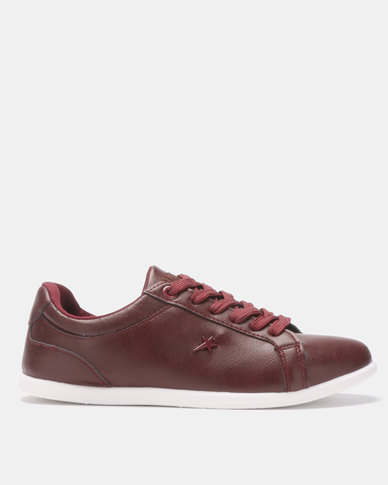 Soviet Carol Sneakers Plum