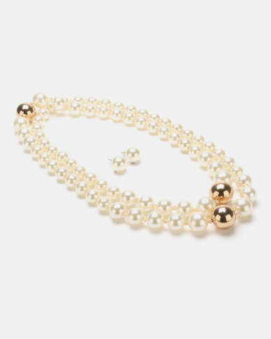 Queenspark Long Pearls with Gold Balls Cream