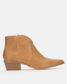 Jada Curved Top Western Ankle Boots Sand