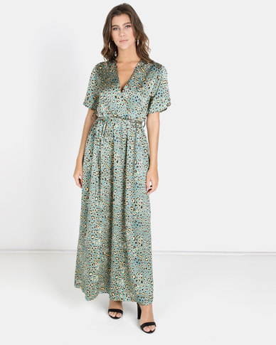 Crave Maxi Dress With Open Shoulders Green