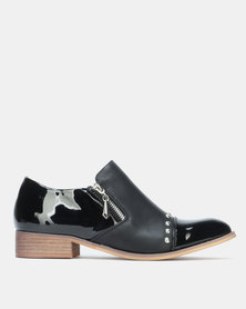 PLUM Slip On Shoes Black