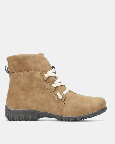SOA Ebony Boots Taupe
