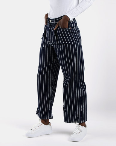 Ribcage Pleated Cropped Jeans Navy