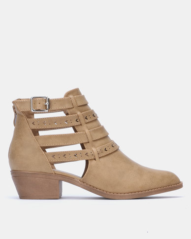 Jada Belted Cut Out Ankle Boot Hazelnut