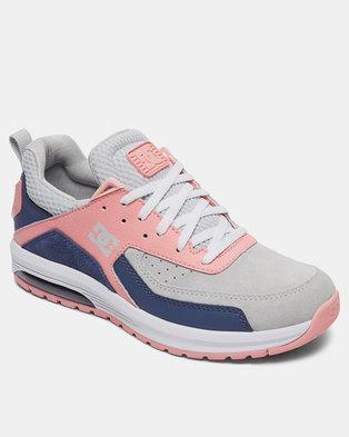DC Vandium Sneakers