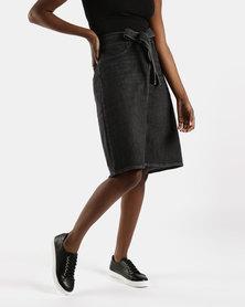 Levi's ® A-line Midi Tie Skirt Black