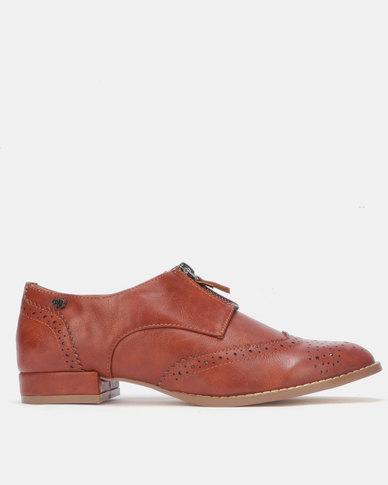Miss Black JASSLENE Slip On Shoe Tan