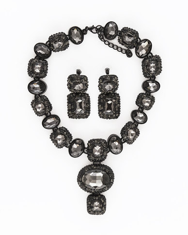 The Jewellery Box Heavy Crystal long Necklace & Earring - Black