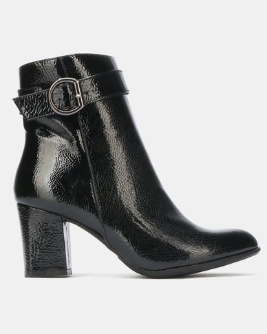Queenspark High Heel Ankle Boots with Ring Detail Black