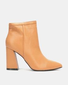 LaMara Block Heel Boots Nude