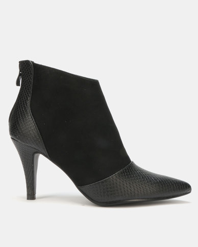 LaMara Pointy Ankle Boots Black