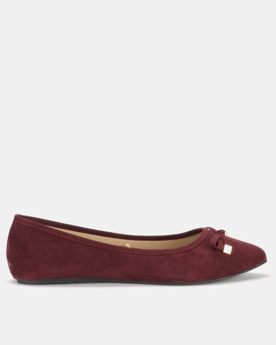 Legit Pointed Pump with Bow with Metal Ends Burgundy