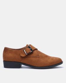 Butterfly Feet Dyanna Slip On Shoe Tan
