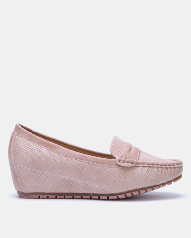 Butterfly Feet Guccy Wedge Pink