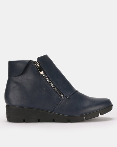 Butterfly Feet Isaad Boots Navy