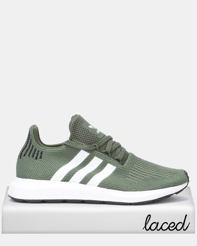 adidas Originals Swift Run W BASGRNFTWWHTCBLACK