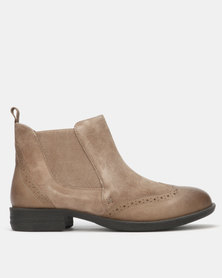 Queue Brogue Detail Ankle Boots Taupe
