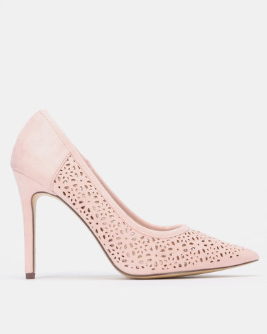 Sissy Boy Court with Pin Punch Detail Heels Flesh
