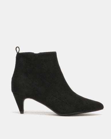 Utopia Kitten Boots Black