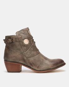 PLUM Block Heel Ankle Boots Brown
