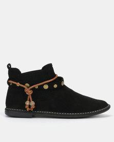 Butterfly Feet Chesta Boots Black