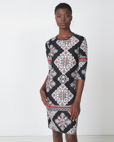 Queenspark Black Border Print Shift Knit Dress