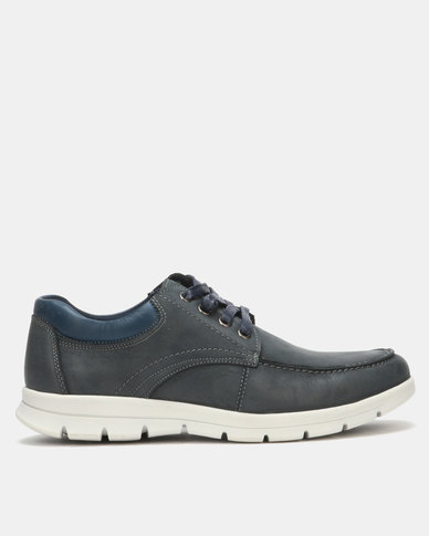 Step On Airs Bowdan Navy Casual Shoes