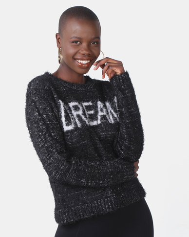 Legit Fluffly Pullover with Dream Slogan Black