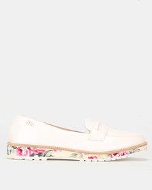PLUM Slip On Shoe White