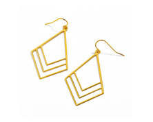 The Jeweller's Florist Bougainvillea Earrings - Yellow Gold