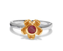 The Jeweller's Florist Forget Me Not Ring - Silver and Yellow Gold - Garnet