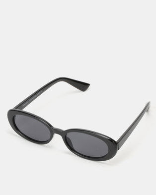 New Look Thick Frames Oval Sunglasses Black
