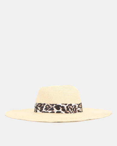 af082819e New Look Straw Effect Leopard Print Band Floppy Hat Cream