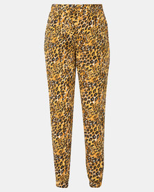 New Look Maternity Printed Jogger Yellow